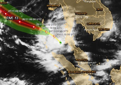 Alerte rouge Cyclone tropical en Inde FIVE-13